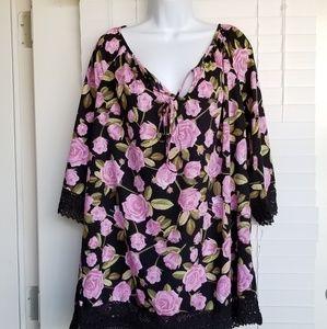 NWT Women's Plus Size 2X Floral Blouse